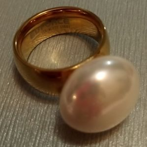 Faux pearl ring